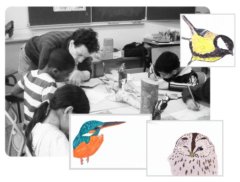 un atelier croquis et acrylique en classe