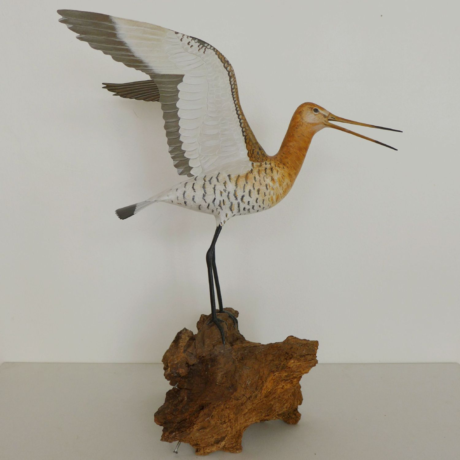 sculpture, une barge à queue noire, a black-tailed godwit